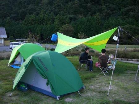 2008.10.28田万川キャンプ設営
