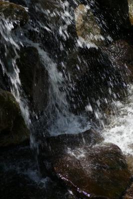 水の反射は消えてますが...