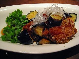 茄子と鶏肉の黒酢炒め