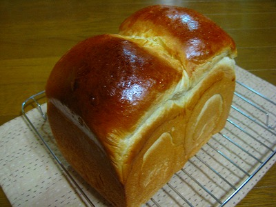 ふわふわ卵黄食パン