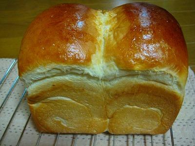 卵黄食パン横