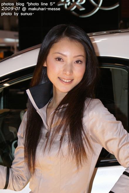 autosalon09c002.jpg