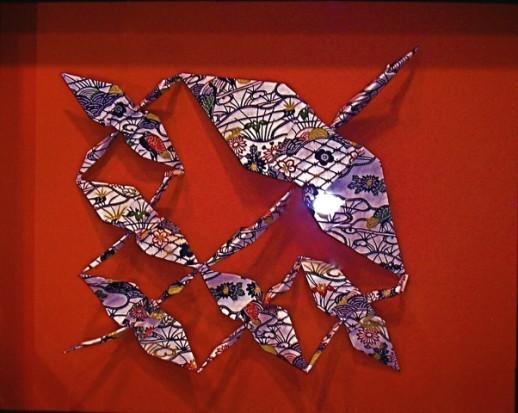 すべての折り紙 長方形 折り紙 鶴 : 20インチの箱に母鶴と5羽の子鶴 ...