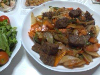 サイコロステーキ野菜炒め