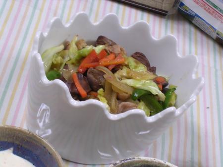鶏レバーの炒め物
