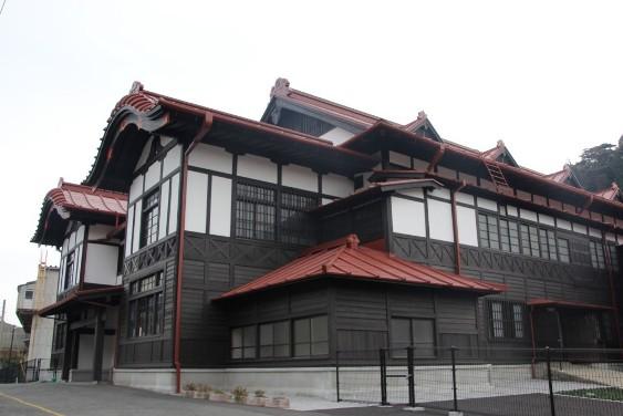 武道館の横顔