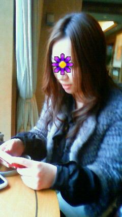 顔に花が咲いております