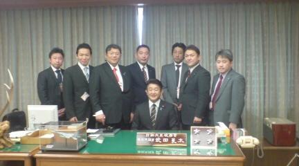 防衛政務官室にて 外交戦略策定委員会メンバー