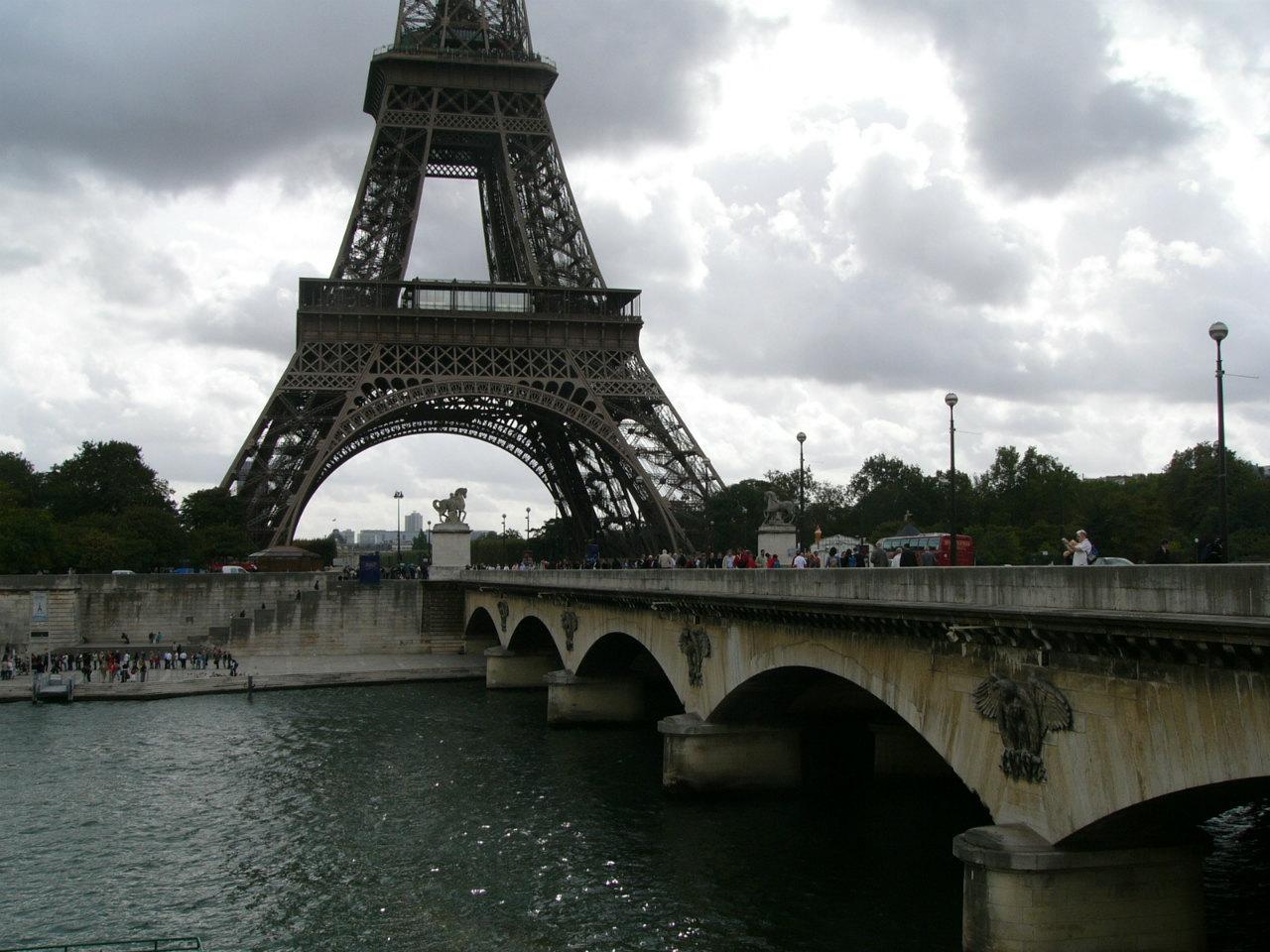 フランスの壁紙写真 エッフェル塔