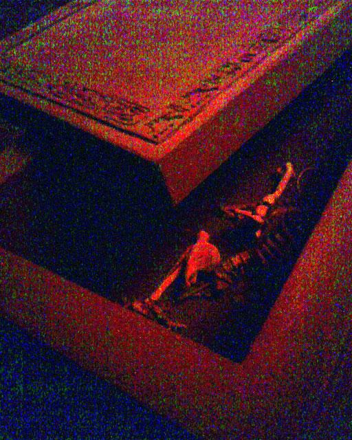 三日月村・棺