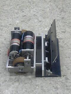 FI556166_3E.jpg