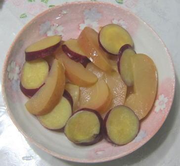 お芋とりんご