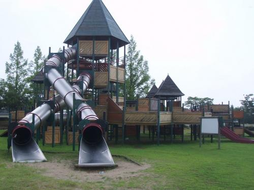 84奈義運動公園