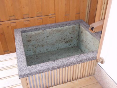 84お部屋の露天風呂