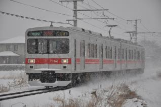 2011年2月11日 上田電鉄別所線 三好町~赤坂上 1000系1004F