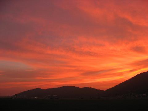 安土町石寺の夕焼け