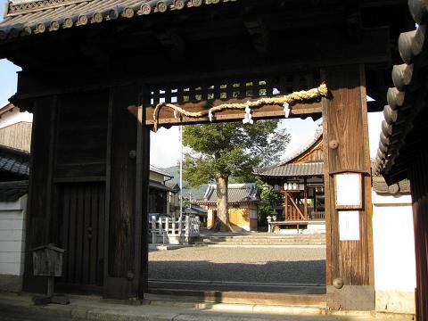 篠津神社表門(旧膳所城北大手門)