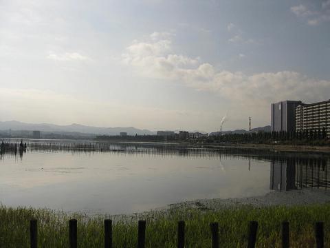 琵琶湖御殿浜・本丸跡から望む