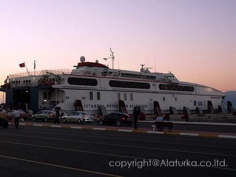 ブルサへの高速船