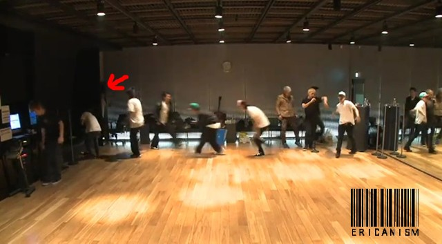 Bigbang - Tonight Performance Practice.flv_000110901