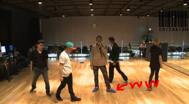 Bigbang - Tonight Performance Practice.flv_000210870