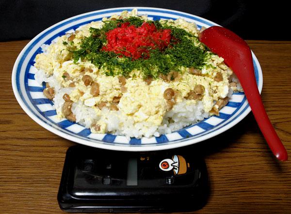 納豆チーズ玉子丼