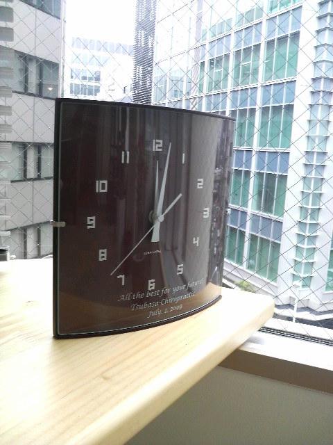 オリジナルメッセージ入りの時計です