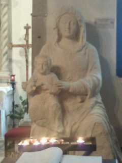 マドンナ・デッロルト教会の聖母像