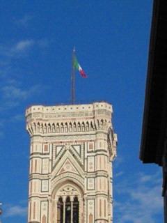 ジョットの鐘楼withイタリア国旗