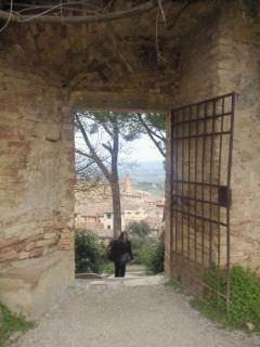 サン・ジミニャーノ 城塞近くの風景
