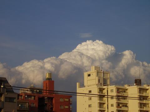 2/25 真冬の入道雲