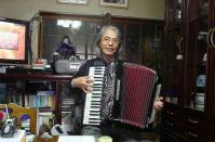 クリスマスソングの練習20111127-2