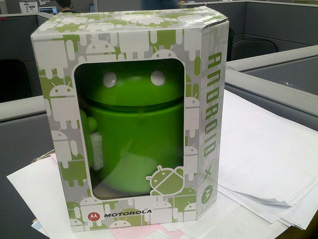 MotorolaAndroidFigure_02.jpg
