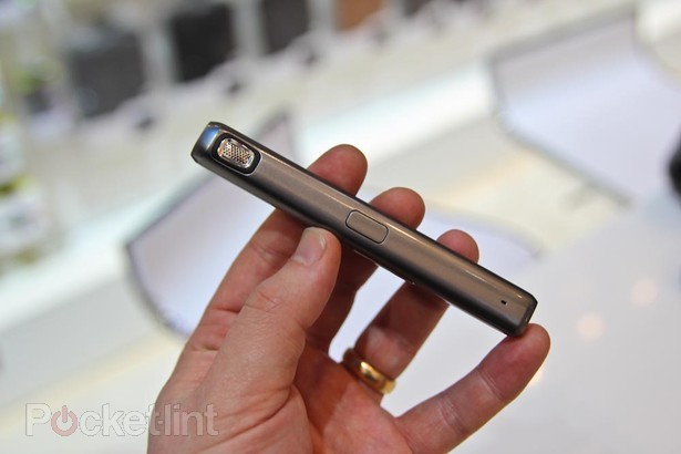 SamsungHM5000_04.jpg