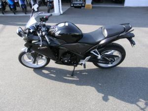 新型CBR250R 3