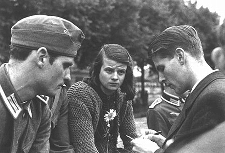 Hans Scholl, Sophie Scholl, and Christoph Probst_R
