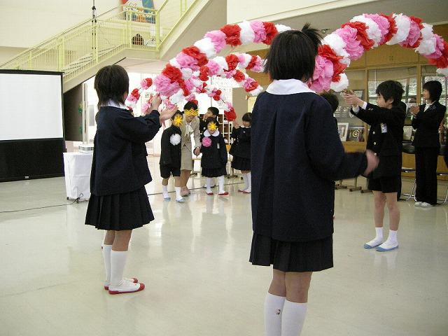 弥富小学校入学式09あ
