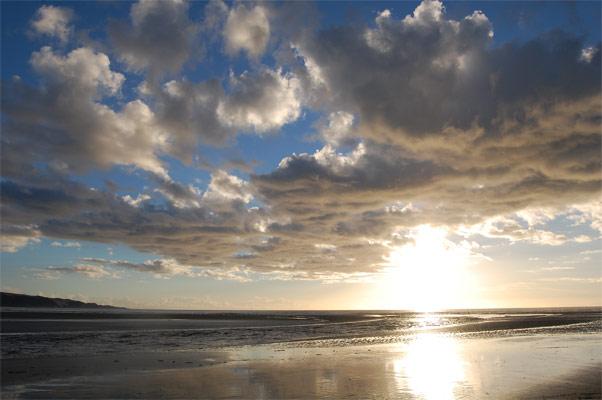 90mile-beach.jpg