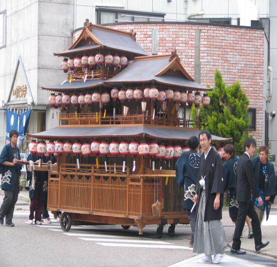 井波祭り2