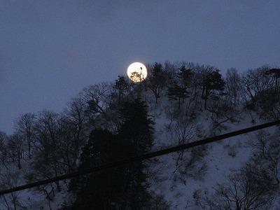 09-02朝日満月