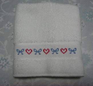 刺繍入りハンカチ 2