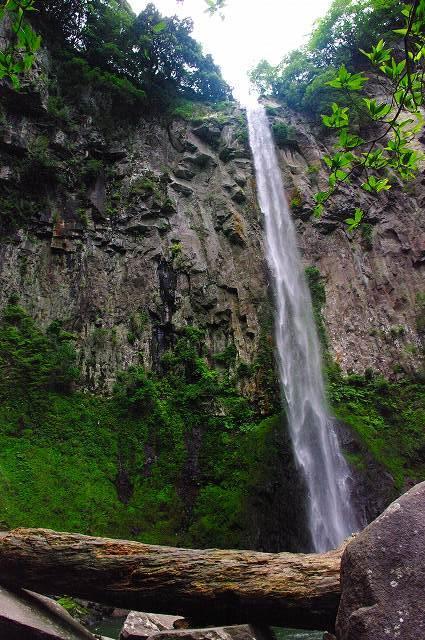 東椎屋の滝3