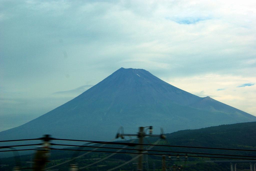 新幹線からの富士山01
