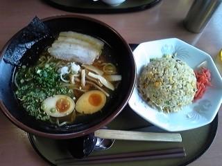 090701_lunch.jpg