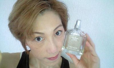 香水 ロクシタン ホワイト ティー