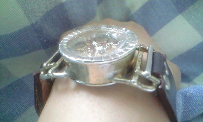 ギャルソン時計横