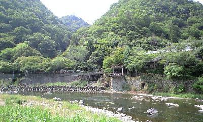 隠れ屋 景色 山 川