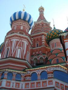 ポクロフスキー寺院見上げる