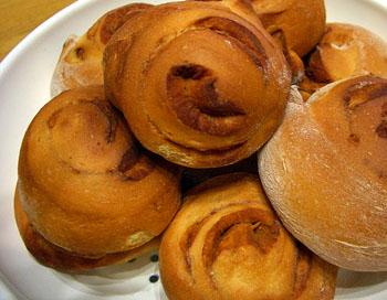 シナモンロールっぽいパン