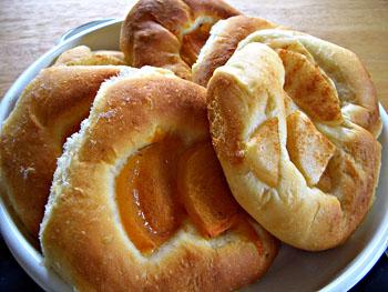 ラフランスと柿のパン
